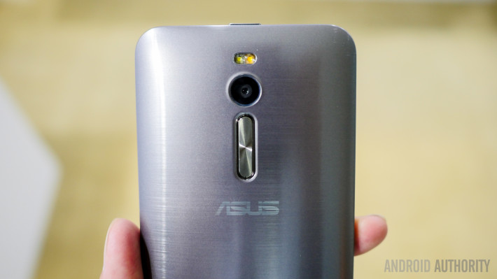asus-zenfone-2-first-look-a-9-of-19-710x399